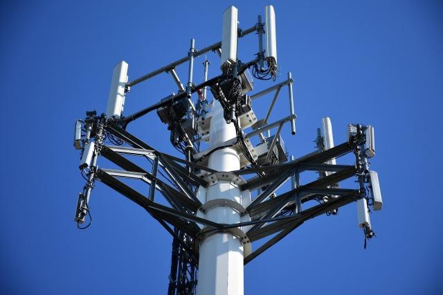 cellular-tower-2172041_1920.jpg